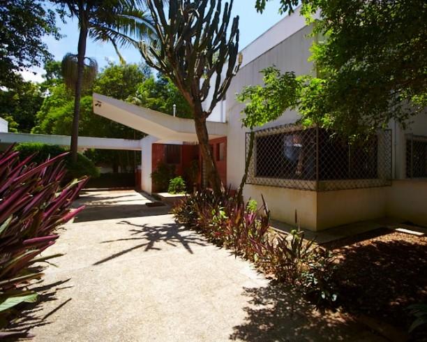 Casa da Rua Santa Cruz by Gregori Warchcavchic