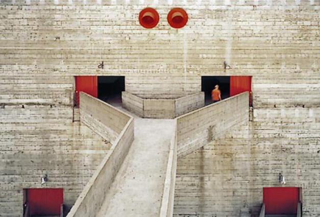 LINA-bo-bardi-SESC-Pompeia-complex
