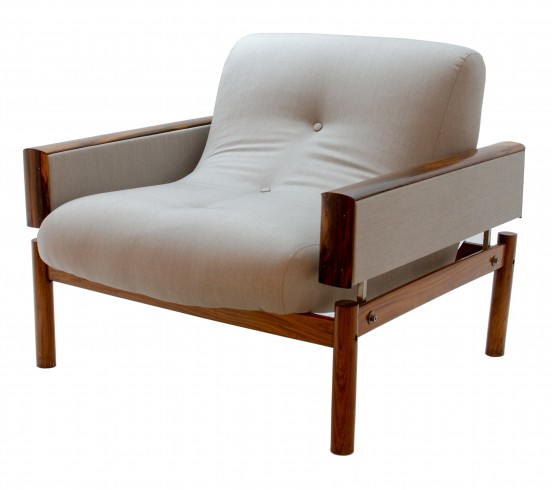 Recente upholstered armchair Front Side