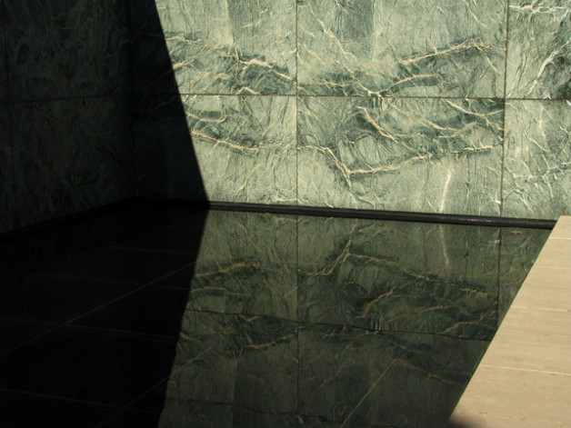 Barcelona Pavilion, Mies van der Rohe - by Clemence.