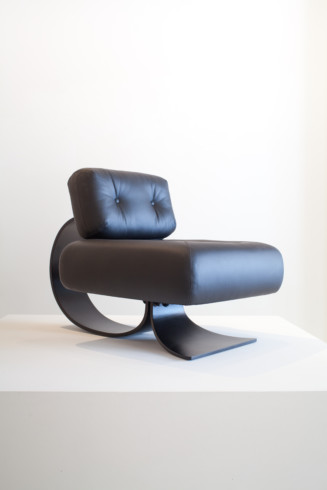 Alta armchair - Oscar Niemeyer