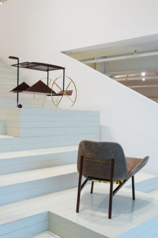 JZ tea trolley and Adriana armchair - Jorge Zalszupin