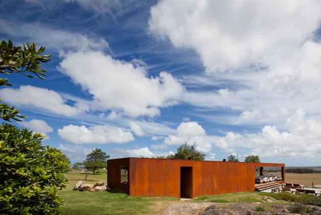 Fasano-Isay-Weinfeld-Uruguay-architects-photo-Fernando-Guerra-yatzer-13
