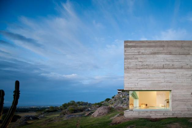 Fasano-Isay-Weinfeld-Uruguay-architects-photo-Fernando-Guerra-yatzer-18