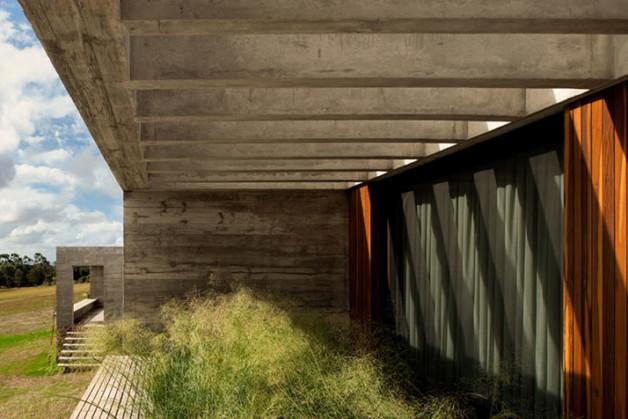 Fasano-Isay-Weinfeld-Uruguay-architects-photo-Fernando-Guerra-yatzer-7