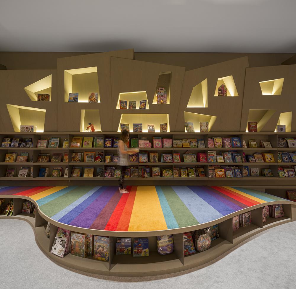 Saraiva Bookstore By Arthur Casas 187 Espasso