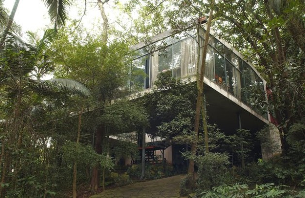lina-bo-bardi-glass-house-recent