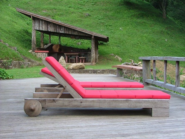 Asturias Chaise Outdoors - Carlos Motta