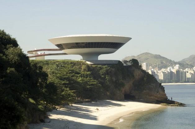 Niterói Contemporary Art Museum, Niterói, Rio de Janeiro, 1996