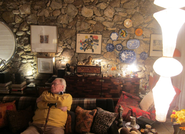 Jorge Zalszupin at his home in São Paulo. Photo by N.V.