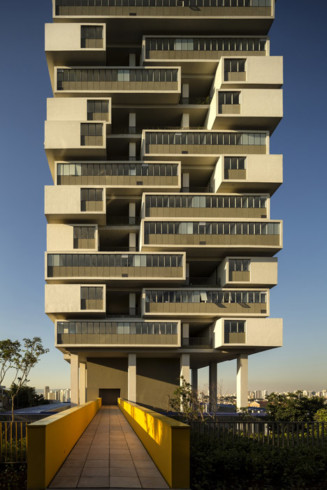 360-Building-by-Isay-Weinfeld_dezeen_16