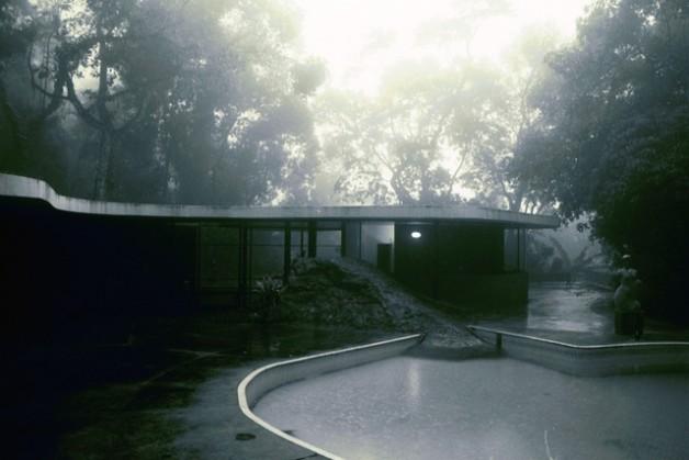 Casa das Canoas, Niemeyer - by Clemence.