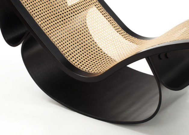 Espasso-collection_Rio-rocking-chaise-Oscar-Niemeyer_dezeen_ss_15