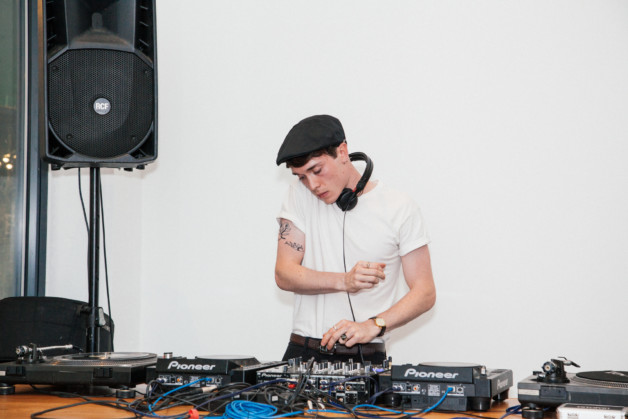 Espasso London Open Studios Event - DJ